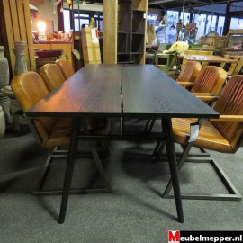 Eettafel river black NR-781 - 40% korting (Showroom model)