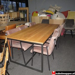 Eettafel Vermondt NR-783 - 40% korting (Showroom model)