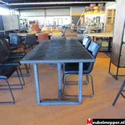 Eettafel hudson Dark NR-787 - 40% korting (Showroom model)